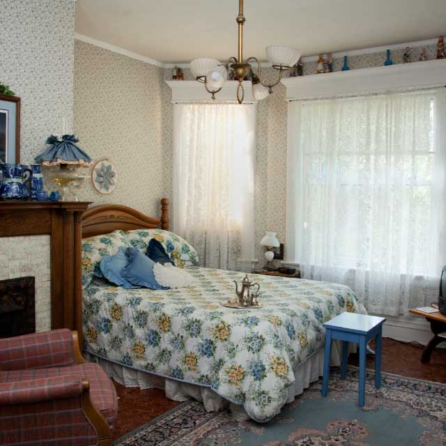 Places to stay owatonna area chamber of commerce tourism for Bed and breakfast area riservata