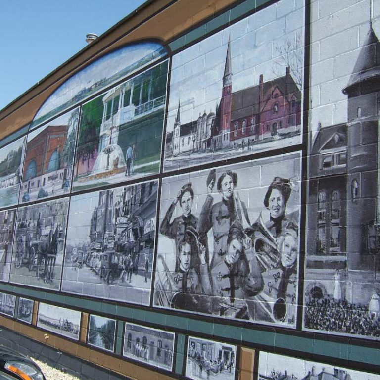 Arts entertainment owatonna chamber of commerce tourism for 6 blocks from downtown mural