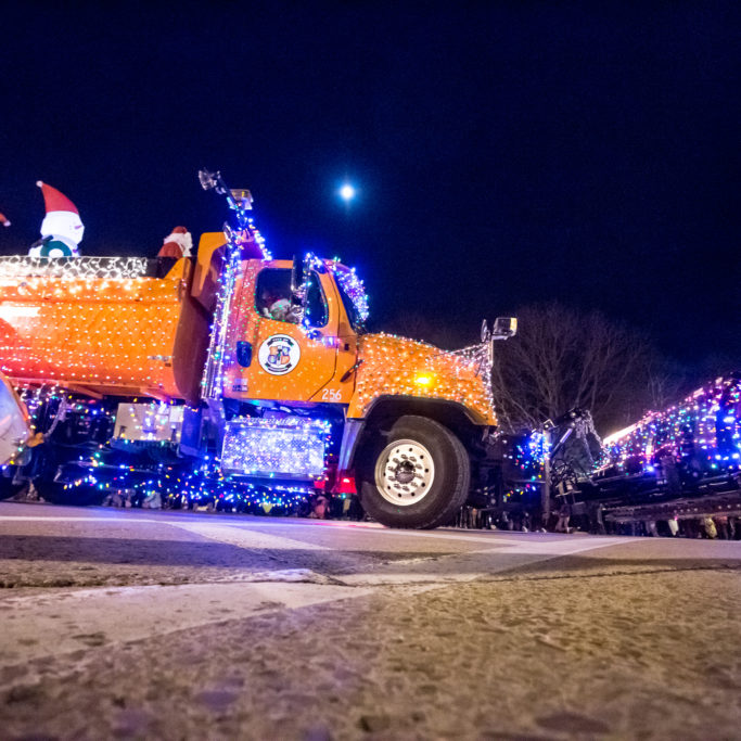 Lighted Holiday Parade 2017_Matt Addington (19)